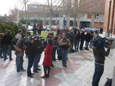 20100303024709-esperando-al-rafita1b.jpg